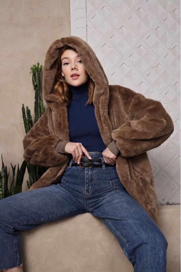Куртка меховая в коричневом цвете